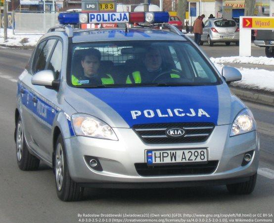 Policja Tarnów: Kolejny kierowca oddaje swoje prawo jazdy za znaczne przekroczenie prędkości